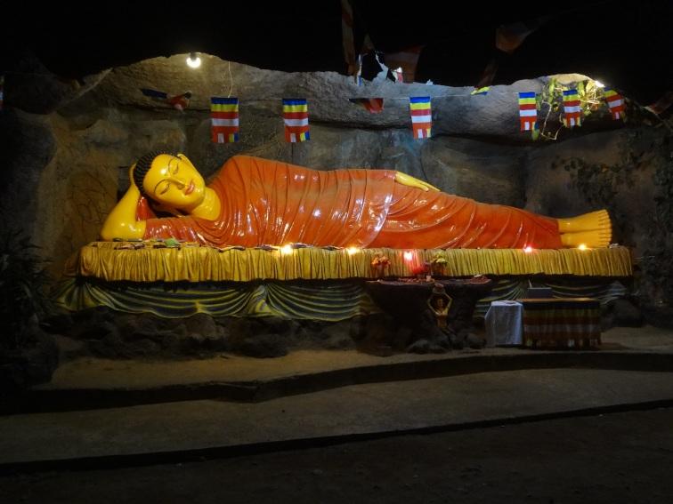 Budda - pozycja spiąca