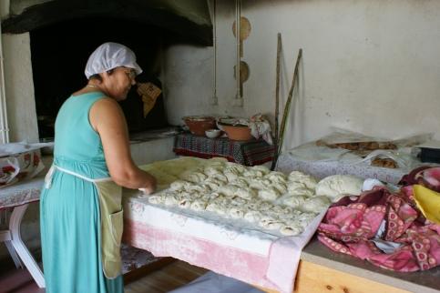 ręcznie pieczony chleb w Óbidos - podają go na przykład w postaci hamburgera --> następne zdjęcie!