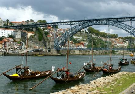widok na most Ponte Dom Luís I